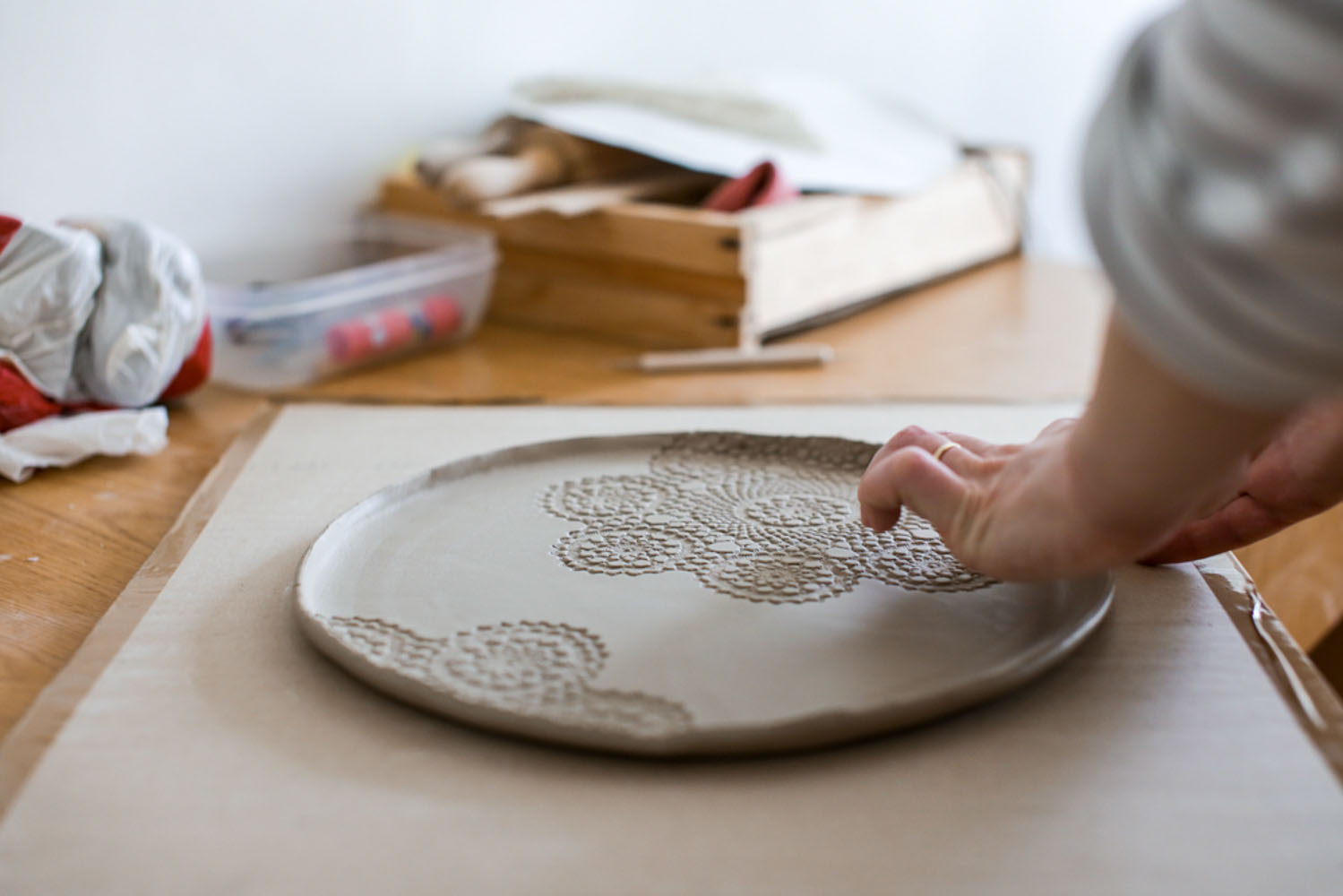 Pottery and Stories with Nistora Ceramics - by Andreea Alexandroni-19