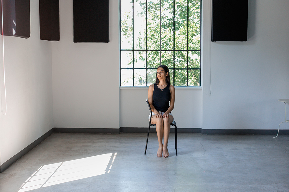 Minimal Portrait Session at Ambasada Timisoara | by Andreea Alexandroni